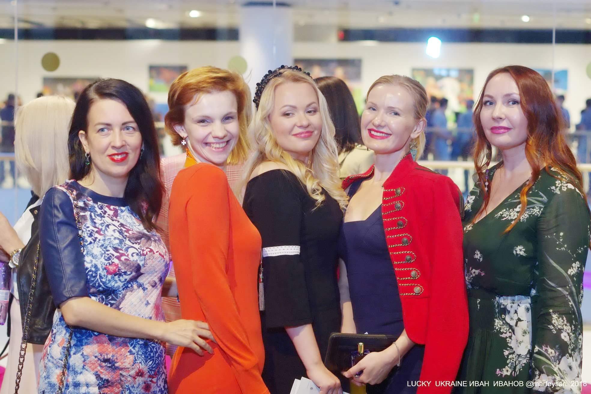 Онлайн закрытые женские клубы онлайн ночные клубы в перми клуб ссср